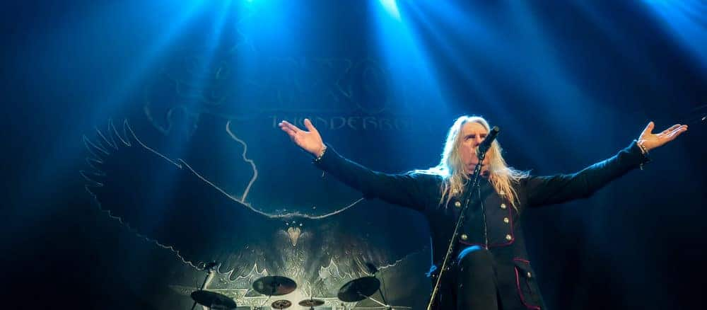 SAXON ANNOUNCE SPECIAL TOUR EDITION